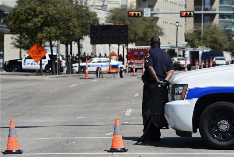 Vista de una zona acordonada después de un tiroteo en Estados Unidos. Foto: referencial/EFE