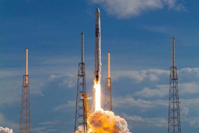 Un Falcón 9 de SpaceX. Foto: EFE.