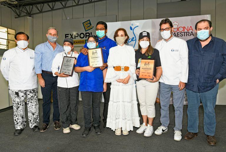 Ganadores de la Feria Gastronómica Raíces 2020. Foto: Vistazo.