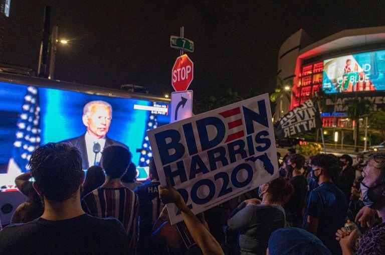 El veterano político demócrata fue interrumpido varias veces en su discurso por los gritos de júbilo de los congregados en Wilmington. Foto: EFE