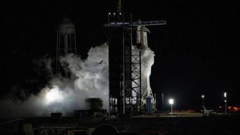 Despegue de la misión tripulada de SpaceX y la NASA. Foto: EFE