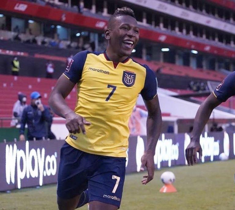 Estupiñán participó este martes en la victoria de la selección de Ecuador. Foto: EFE