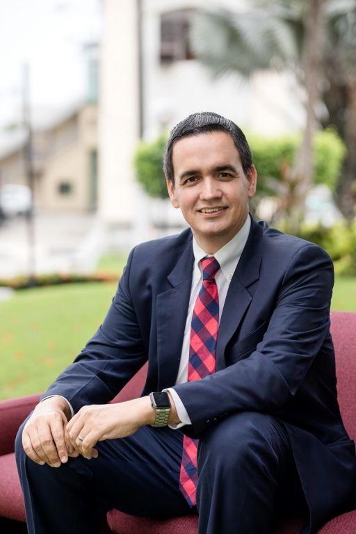 """Con su elección al Cladea, Ordeñana dice que """"permite que las escuelas de negocio locales tengan mayor visibilidad""""."""
