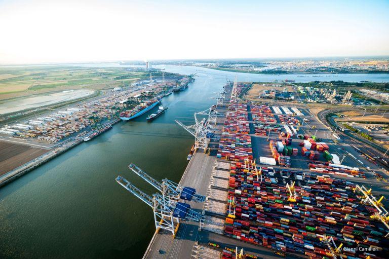 En el 2019 este puerto manejó 238 millones de toneladas de carga.