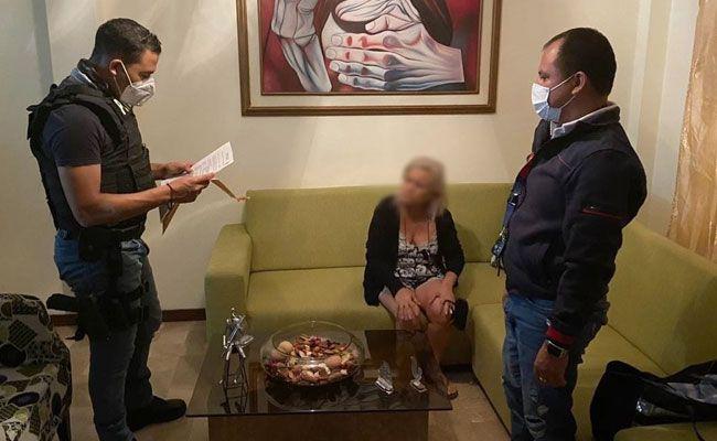 Según las autoridades, la gerente del hospital de infectología aprobó la compra de insumos