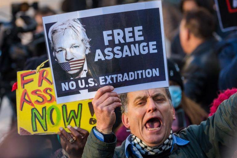 Un ONG australiana inició una campaña para pedir a Trump y a Biden el indulto a Assange. Foto: EFE.