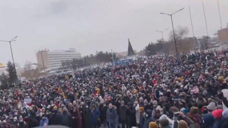 """El equipo de Navalni calificó estas manifestaciones como las """"mayores de la historia rusa contemporánea""""."""