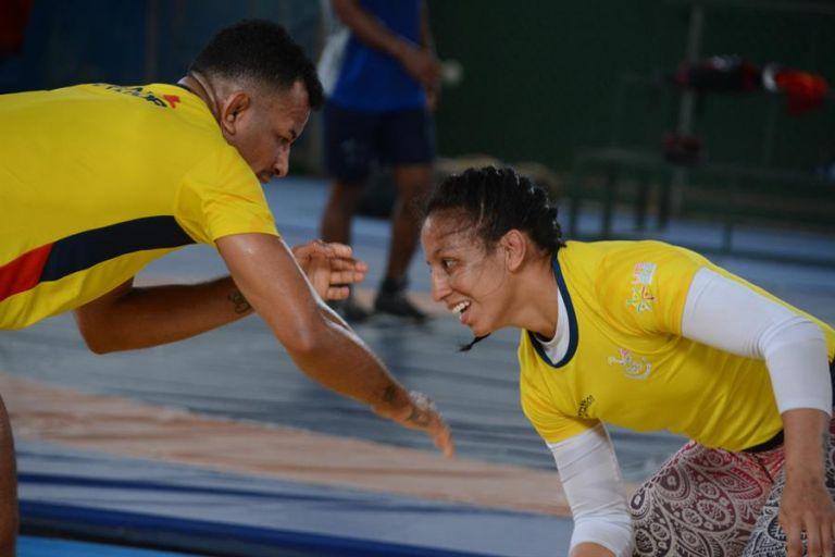 Luisa Valverde, de 30 años, aspira clasificarse a los Juegos Olímpicos de Tokio en lucha olímpica. Foto: EFE