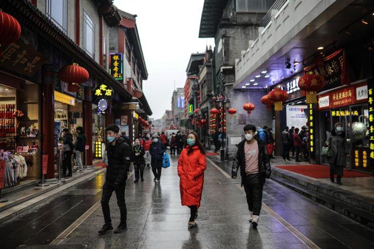 China, del primer brote mundial de covid a ser la primera potencia en crecer. Foto: EFE.