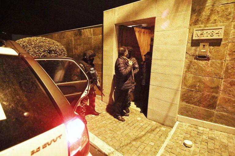 Fiscalía ejecutó órdenes de detención contra Pablo Celi.