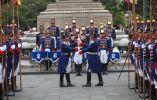 Homenaje en relevo de guardia del Grupo Escolta Presidencial Granaderos de Tarqui. Foto: Flickr / Presidencia de la República.