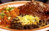 MÉXICO - La cocina típica no es sólo tacos y burritos. Existe más variedad, como aquí mostramos un plato típico con arroz del estado de Puebla. (Foto: RT / flickr / viajavolaris)