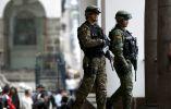 Soldados del Ejército de Ecuador establecieron la seguridad durante la visita oficial de la presidenta. Foto: REUTERS.