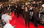 Actores y directores en la  alfombra roja antes de la ceremonia de apertura del Festival de Cine de Tokio 2015, que se celebra hasta el 31 de octubre en Roppongi Hills y otros lugares. | MANCE THOMPSON