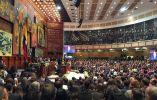 Asamblea Nacional llena al iniciar la ceremonia de cambio de mando / Fotos: Twitter Lenín Moreno